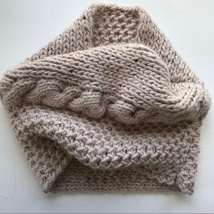 Shiraleah Oversized Chunky Knit Infinity Scarf